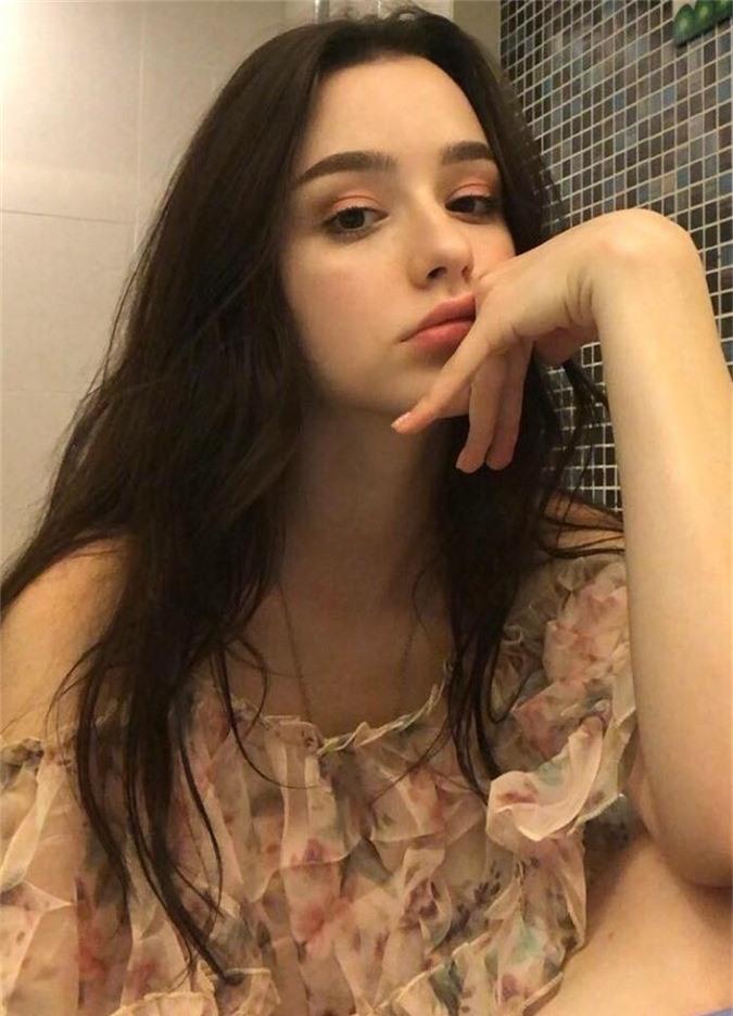 """Chân dung cô gái xinh đẹp được dân mạng ngợi ca là """"thiên thần Instagram"""" - Ảnh 3."""