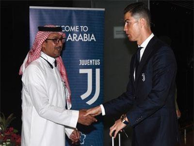 Ronaldo và kỷ lục ghi bàn kinh ngạc khi Juventus đụng độ Milan