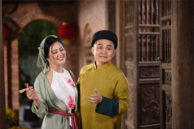 Xuân Hinh bất ngờ xuất hiện bên vợ Thứ trưởng Bộ Tài chính