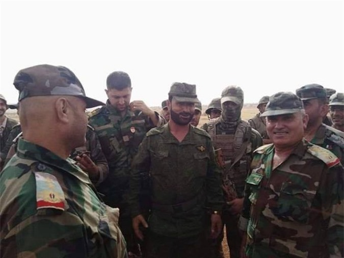"""""""Hổ Syria"""" nhận lệnh tới ngoại ô Idlib đấu với phiến quân"""