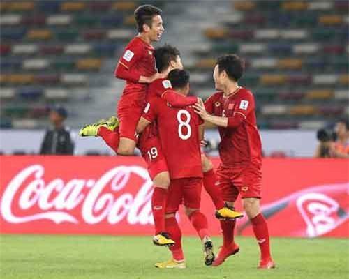 ĐT Việt Nam lên đường chuẩn bị cho trận gặp Jordan