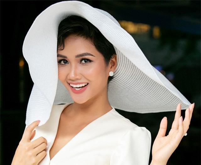 Hoa hậu H'Hen Niê lọt vào danh sách ứng viên Gương mặt trẻ VN tiêu biểu 2018