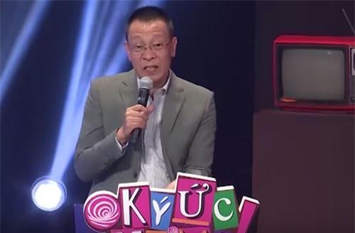 Lại Văn Sâm lần đầu bật khóc khi đang dẫn trên sóng truyền hình