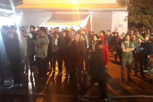 Lửa bốc lên trong đêm tại chợ đầu mối lớn nhất Thanh Hóa