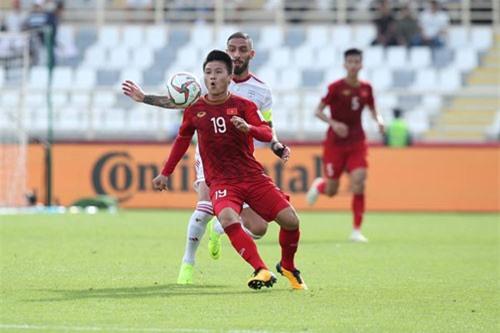 BLV Quang Huy: Nhìn Việt Nam thi đấu có nét của đội bóng lớn