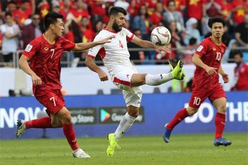 """Tiền vệ Jordan: """"Việt Nam đã tạo ra sức ép khủng khiếp"""""""