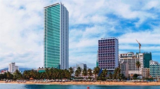 """Khách sạn Mường Thanh Luxury Khánh Hoà, một trong những khách sạn góp mặt trong danh sách """"đen"""" (Ảnh: TL)"""