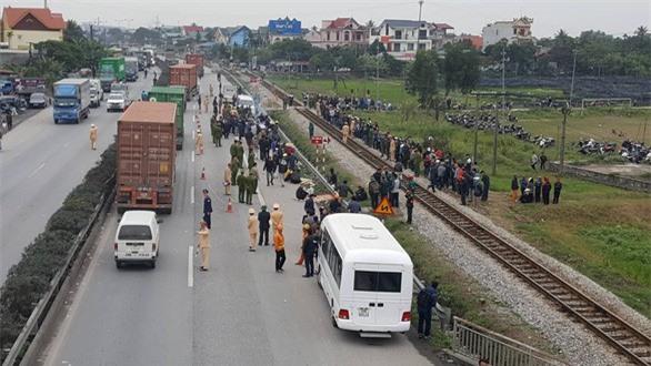 Tai nạn giao thông nghiêm trọng dồn dập ngày sát tết
