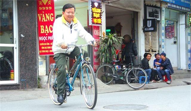 Đại gia Hà thành bán xe đạp cổ mua nhà mặt phố - 1