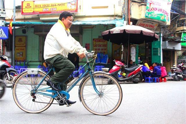 Đại gia Hà thành bán xe đạp cổ mua nhà mặt phố - 2