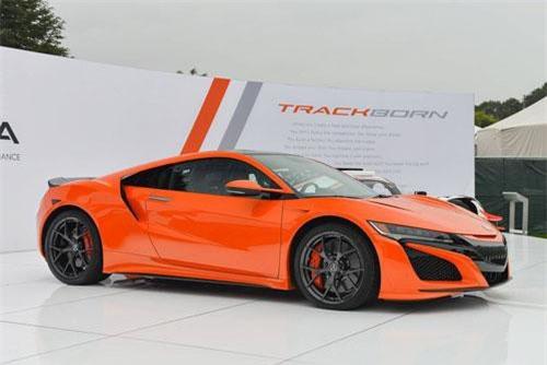 Chiêm ngưỡng vẻ đẹp siêu xe Acura NSX 2019. Acura NSX 2019 là mẫu siêu xe thể thao sử dụng động cơ xăng và động cơ điện. Giá khởi điểm của nó ở mức 159.300 USD (tương đương 3,695 tỷ đồng). (CHI TIẾT)