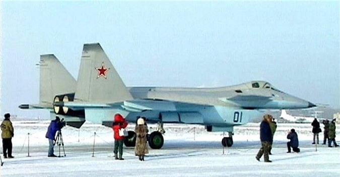 F-22 danh bai may bay the he 5 dau tien cua Nga nhu the nao?-Hinh-6