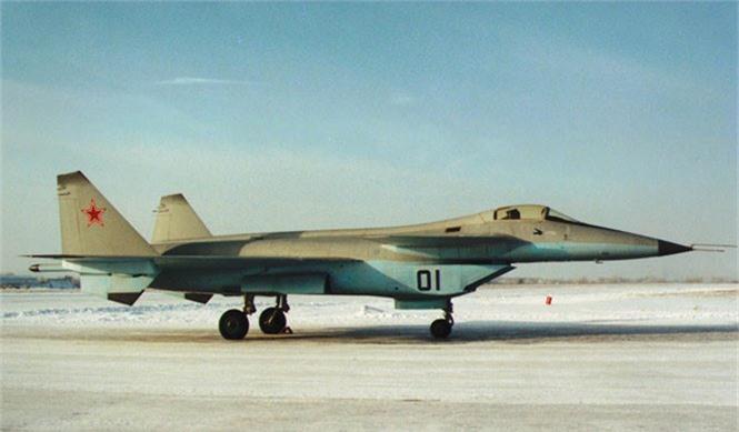 F-22 danh bai may bay the he 5 dau tien cua Nga nhu the nao?-Hinh-8