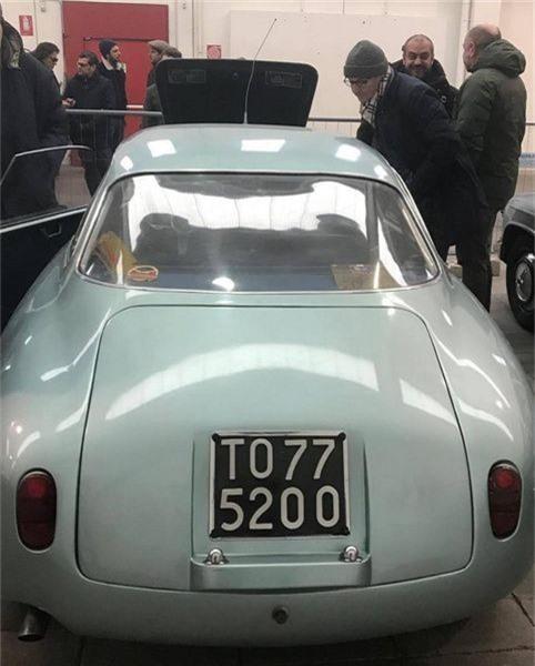 Alfa Romeo Giulietta SZ, Alfa Romeo Giulietta, Alfa Romeo, siêu xe, siêu xe thể thao, siêu xe Alfa Romeo bị bỏ hoang