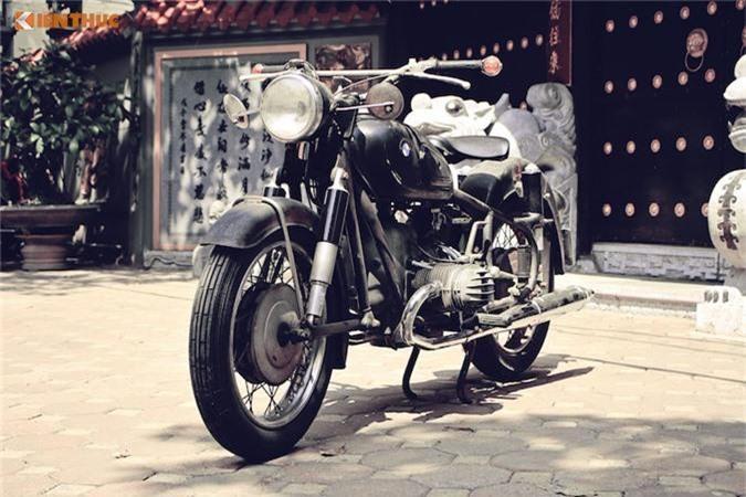 Cận cảnh môtô cổ BMW R50/2
