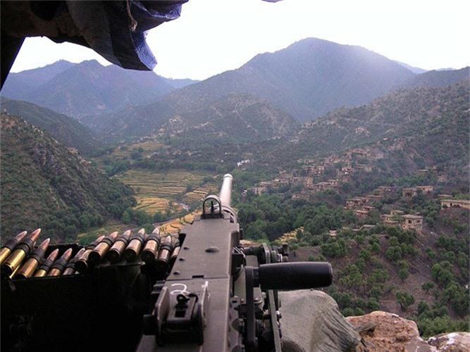 Ket dan nhu com bua, vi sao My van tin dung M2 Browning?-Hinh-9