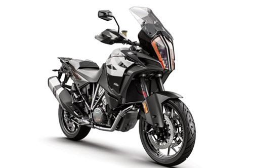 Top 10 môtô KTM đáng mua nhất năm 2019. Theo bầu chọn của trang Top Cars, 1290 Super Adventure S, 1290 Super Duke R, 1290 Super Duke GT, 790 Duke, 125 Duke, KTM RC 125… là những mẫu môtô KTM đáng mua nhất năm 2019. (CHI TIẾT)