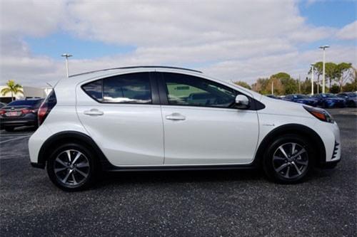 9. Toyota Prius C LE 2019.