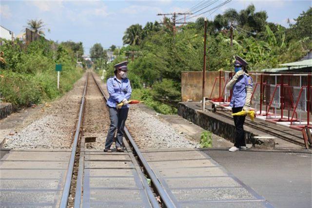 2 nữ nhân viên gác chắn tại đoạn đường sắt xảy ra sự việc