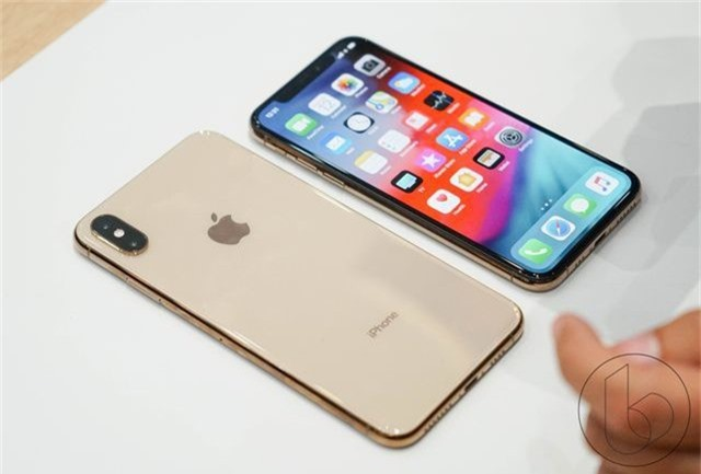 iphone-xs-iphone-xs-max-hands-on-4-15371545690351776656982.jpg