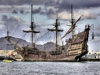 6 mảnh giấy bí ẩn tồn tại 300 năm trên tàu của cướp biển Râu Đen