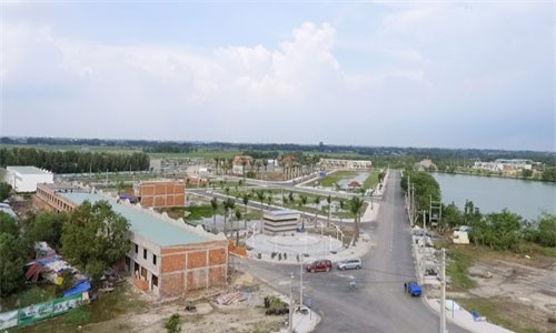 Doanh nghiệp Sài Gòn đổ về tỉnh giáp ranh buôn bất động sản