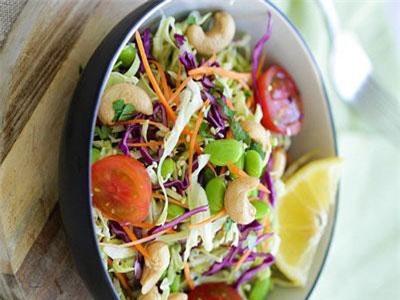 Cách làm món salad hạt điều