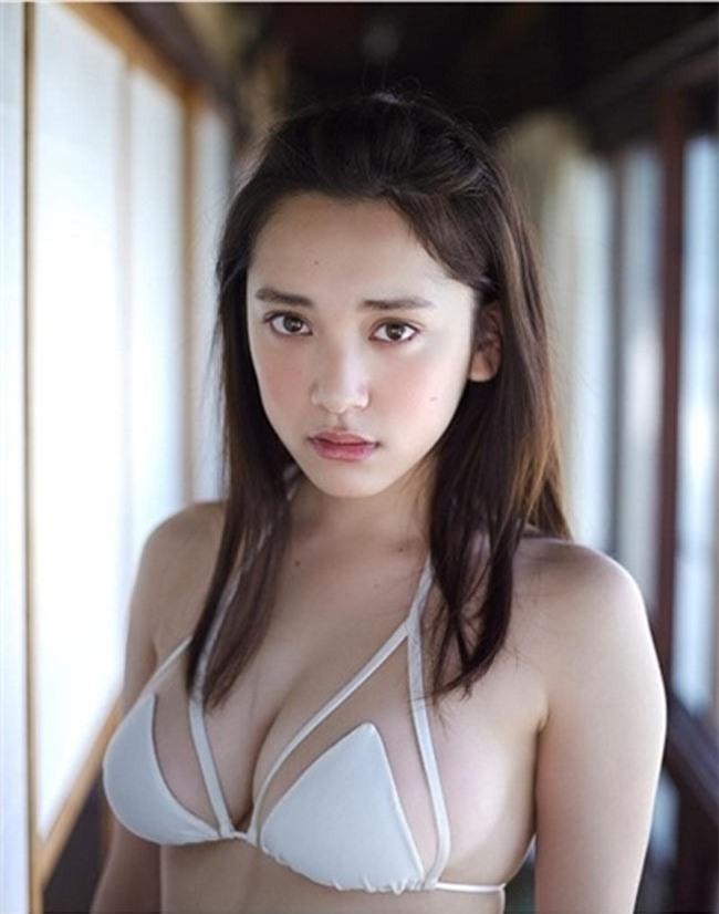 2 người mẫu trẻ mới nổi, đang hot tại Nhật Bản