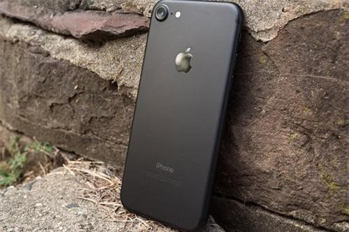 """Apple iPhone 6s, 6s Plus, và iPhone 7 bản tân trang """"giá hời"""" chính thức được bán ra"""