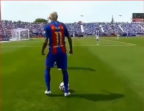 CLIP: Những pha khống chế bóng đỉnh cao của Neymar