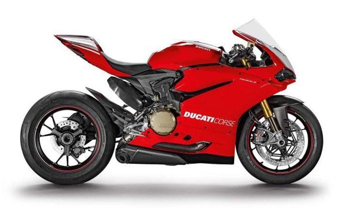 XE HOT (18/2): Bảng giá xe Ducati tháng 2, 10 xe sedan được đánh giá cao nhất năm 2019