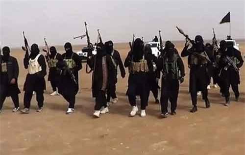 IS 'ôm' 200 triệu USD bỏ chạy sang miền Tây Iraq