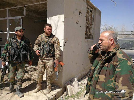 """Clip: Quân đội Syria giành """"chiến lợi phẩm"""" ở Đông Ghouta"""