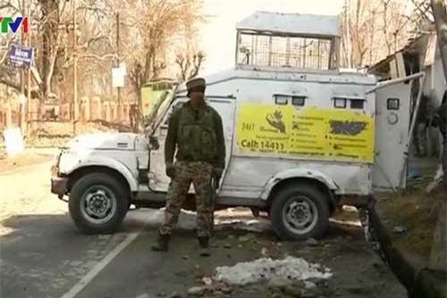 Ấn Độ cáo buộc tình báo Pakistan có liên quan đến vụ đánh bom xe