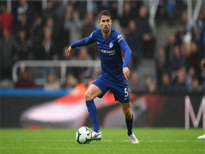 Chelsea - Sarri-ball và Jorginho: Cú lừa thế kỷ?
