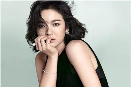 Sau 20 năm diễn xuất, Song Hye Kyo vẫn thấy hồi hộp khi đóng phim mới