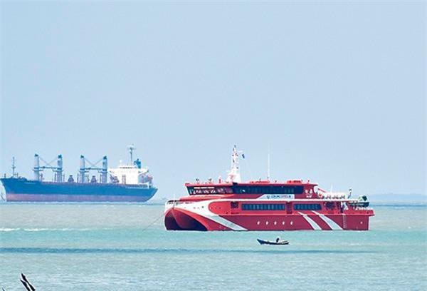 Tàu cao tốc Vũng Tàu - Côn Đảo  Côn Đảo Express 36 gặp sự cố