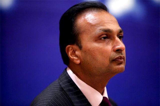 Tỷ phú giàu nhất nhì Ấn Độ bị dọa tống vào tù