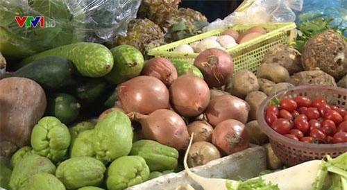 Giá rau, củ, quả giảm mạnh sau Tết