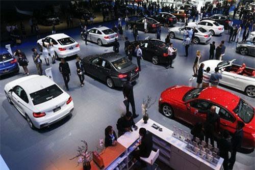 BẢN TIN TÀI CHÍNH-KINH DOANH: Tiêu thụ xe hơi dịp Tết tăng kỷ lục, xuất khẩu hàng hóa sang Mỹ khởi sắc