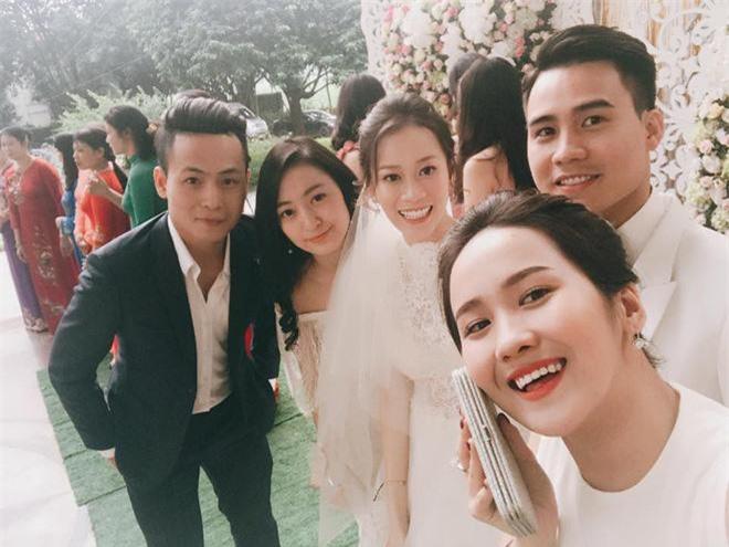 3 anh em nhà thiếu gia Hà Quang Dũng: Đã xuất sắc ngoại hình, lại còn có chuyện tình vừa sang vừa đẹp