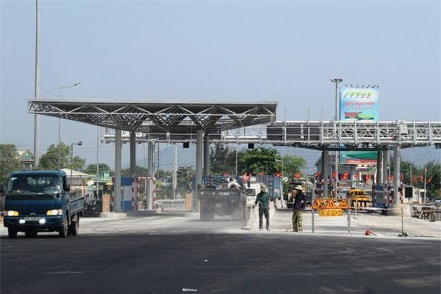 Thừa Thiên-Huế: Không đi qua hầm Phước Tượng- Phú Gia vẫn phải è cổ đóng phí
