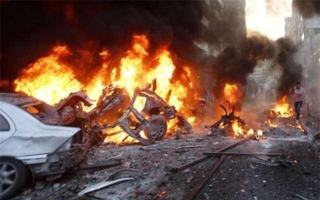 IS đánh bom xe tấn công lực lượng Syria giải cứu dân thường