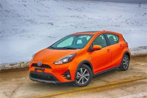 XE HOT QUA ẢNH (23/2):  10 xe hơi đáng tin cậy nhất thế giới, Nissan giảm giá cho tất cả các tại VN
