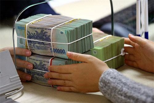 BẢN TIN TÀI CHÍNH-KINH DOANH: Nâng mức cho vay tối đa đối với hộ nghèo, xuất khẩu dầu thô tăng mạnh