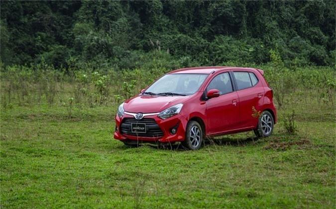 """Toyota Việt Nam khuyến mãi lớn cho khách mua xe Vios, Corolla, Innova và Wigo. Ngày 1/3/2019, Công ty Ô tô Toyota Việt Nam (TMV) chính thức thực hiện """"Chương trình khuyến mãi đầu xuân từ Toyota"""" dành cho khách hàng mua xe Vios, Innova , Corolla Altis, Wigo G MT, từ ngày 1 đến 31/3/2019 tại toàn bộ hệ thống Đại lý của TMV trên toàn quốc. (CHI TIẾT)"""