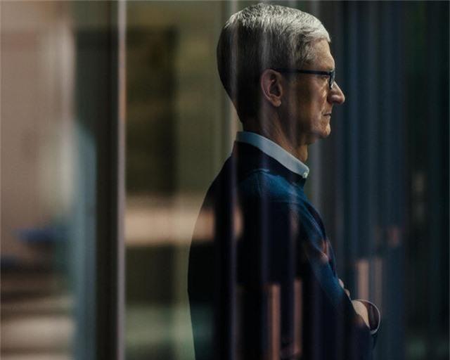CEO Apple: Không nhất thiết phải có bằng đại học để thành công! - Ảnh 2.