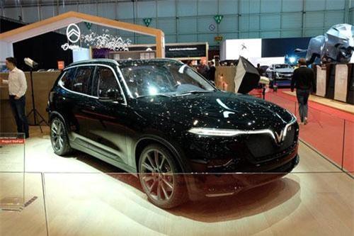 VinFast Lux V8.