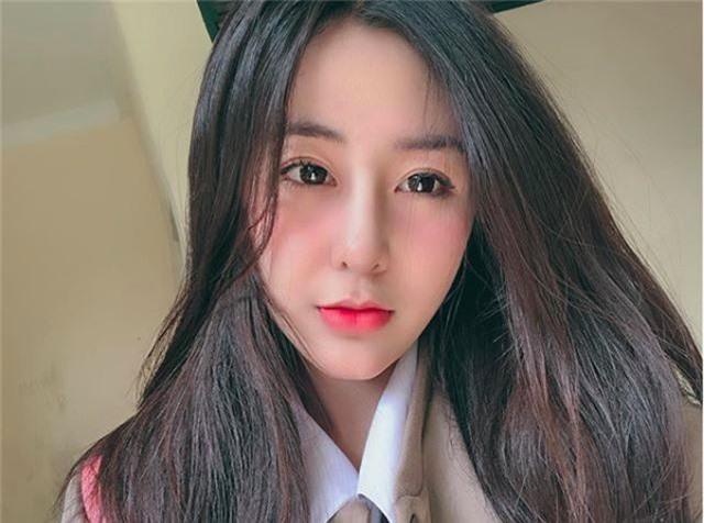 Nữ sinh xinh đẹp vạn người mê Võ Ngọc Trân giành giải Nhì HSG Văn TP.HCM - 10
