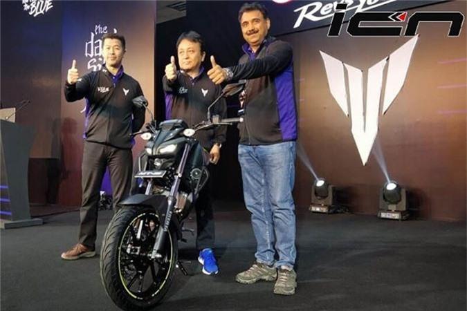 Xe moto Yamaha MT-15 chot gia 46 trieu dong tai An Do